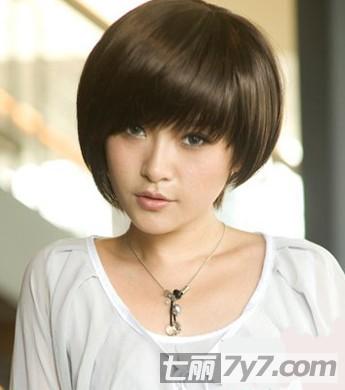 90后女生圆脸适合的发型设计图片 打造青春魔法少女小