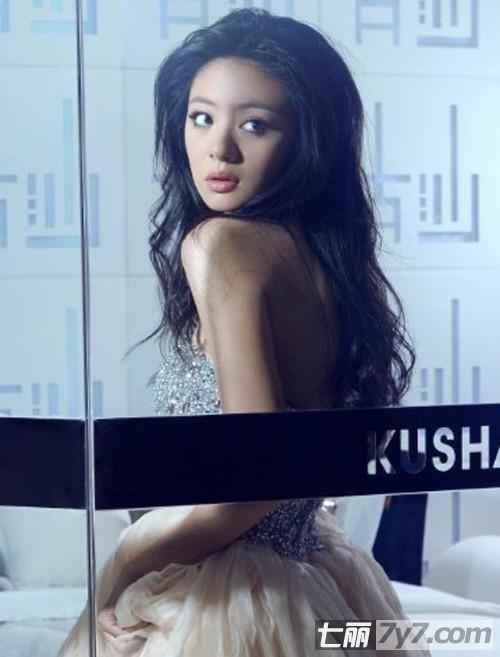 女明星舒淇长卷发发型图片风情万种演绎绝代的性感