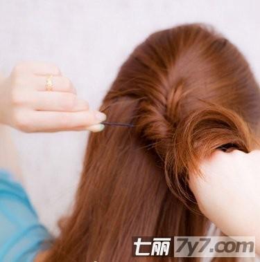 韩国可爱卷发公主头扎法 half up发型diy教学