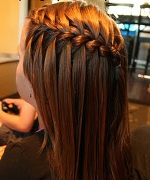 简单diy瀑布编发教程 天真烂漫的儿童编发-长发发型-最简单的鱼骨辫编