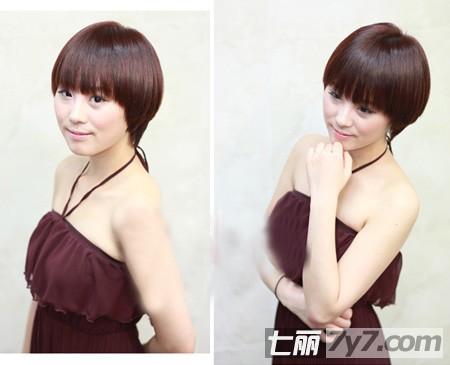 女生直发波波头短发图片 韩国秋冬流行精选图片