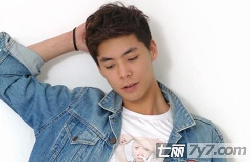 2012最新发型 秋季男生潮流短发散发阳光魅力