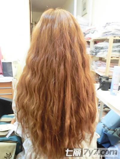 图解蛋卷头发型简单烫发步骤