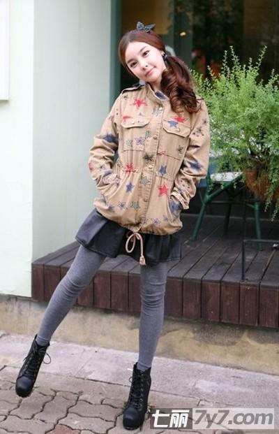 矮个子女生冬季穿衣搭配技巧 短外套巧搭显高显时尚