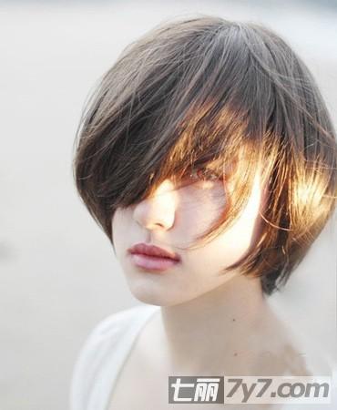 最适合圆脸女生的发型 2013年最新减龄短发发型