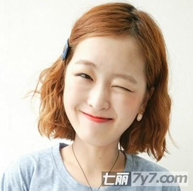 胖圆脸女生适合的发型 短发内扣梨花头烫发显瘦又时尚