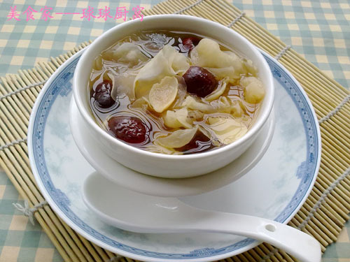 百合银耳红枣汤
